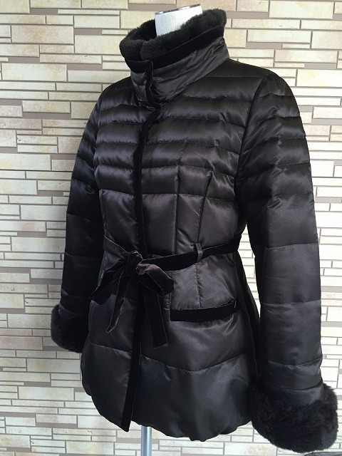 レオナールの毛皮付きシルクダウンジャケットのクリーニング1